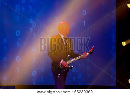 Las Vegas, Nv - May 5, 2014: Emc Chief Marketing Officer Jonathan Martin Start His Speech At Emc Wor
