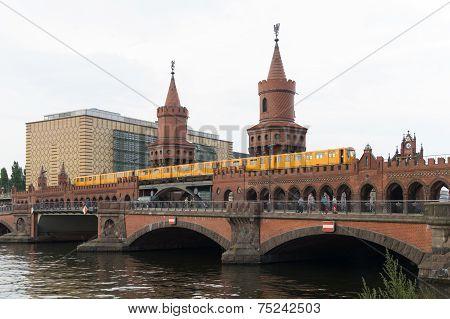 Overbaum Bridge In Berlin