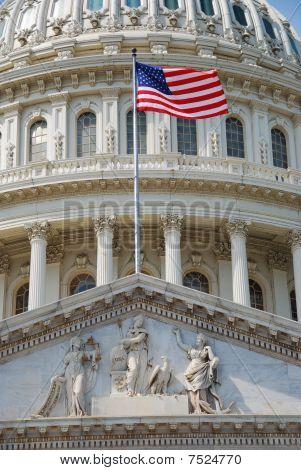Flags mit us Capitol Gebäude, Washington dc
