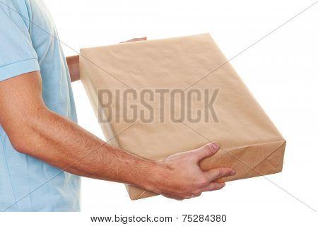 a messenger of messenger service delivers parcel