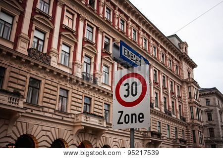Speed limit, classic architecture