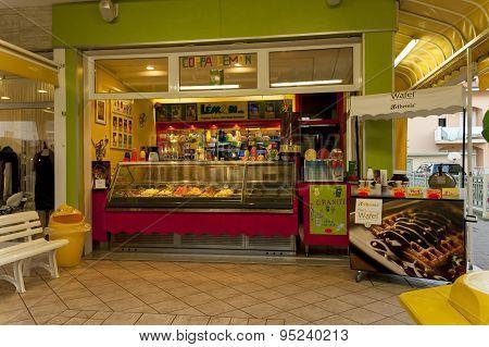 Ice cream shop in Lido di Jesolo resort