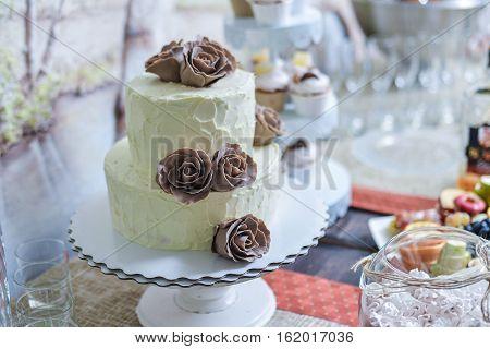 wedding candy bar pink candy dish cake