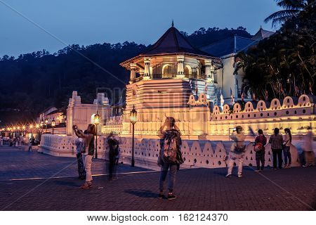 Sri Lanka: Temple of the Tooth Sri Dalada Maligawa , Kandy at night