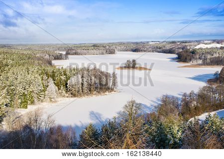 Frozen Lake Jedzelwo in winter. Stare Juchy Mauria Poland.