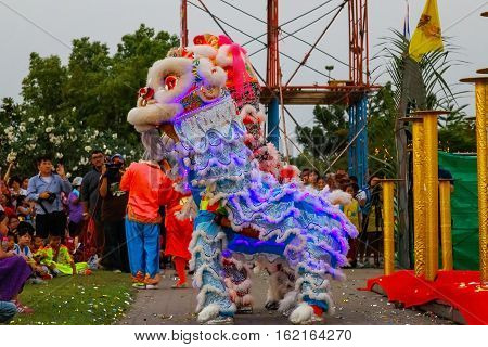Bangkok, Thailand - Febuary 20 2016: A Group Of People Perform A Lion Dance During Chinese New Year'