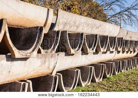 Precast Concrete Elements For Irrigation Channels To Agriculture.