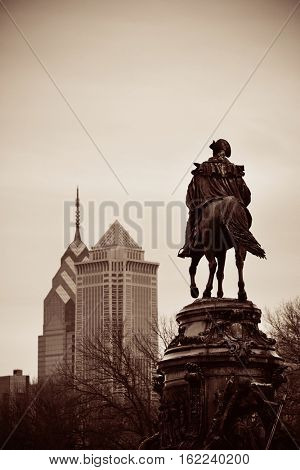 George Washington statue and Philadelphia city architecture