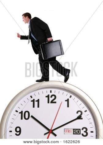 Homem de negócios em relógio