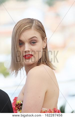 Bella Heathcote attends the 'The Neon Demon' photocall during the 69th annual Cannes Film Festival at Palais des Festivals on May 20, 2016 in Cannes, France.