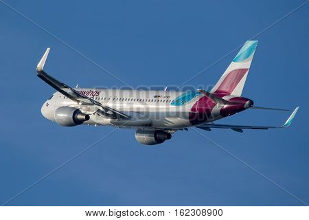 Airbus A320-214 - Eurowings