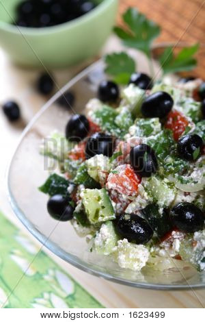 Cottage Cheese And Vegetables Salad