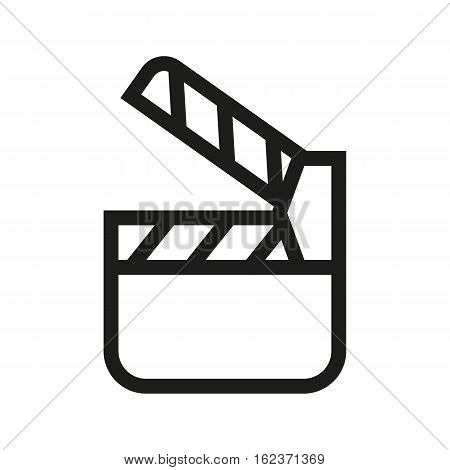 Movie clapperboard linear icon.Filming item thin line illustration. Vector isolated outline drawing