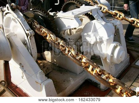 Photography of sailing-boat machinery in close-up on the bridge