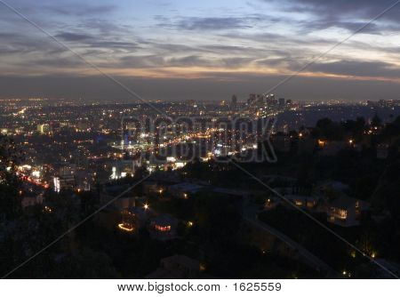 Hollywood Nights, Hollywood Hills