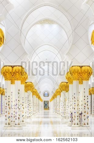 ABU DHABI, UAE - MAY 11: Sheikh Zayed Grand Mosque, Abu Dhabi, UAE on May 11, 2016 in Abu Dhabi. The 3rd largest mosque in the world, area is 22, 412 square meters and the 4 minarets are 107 m high