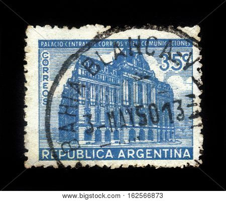 ARGENTINA - CIRCA 1942: stamp printed by Argentina, shows Post Office Building Buenos Aires, circa 1942