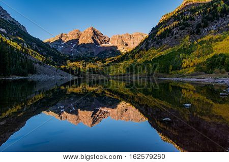 Maroon Bells Sunrise on a Fall morning
