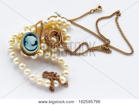 Vintage  Gold Jewelry Brooch And White Pearl