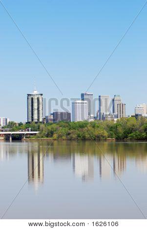 Vertical Color Tulsa Skyline