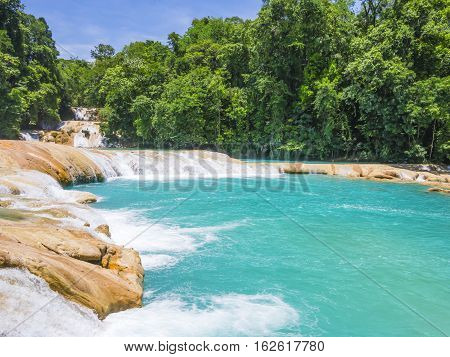 Turquoise water of Agua Azul falls, Chiapas, Mexico