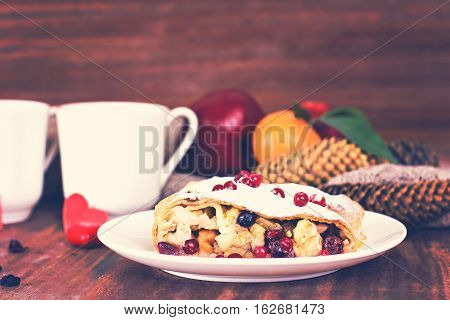 Strudel And Winter Decor