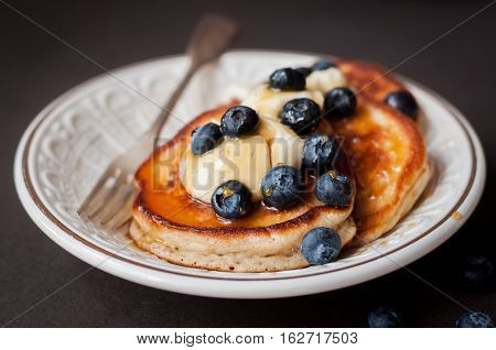 Pancakes With Mascarpone, Honey And Blueberries