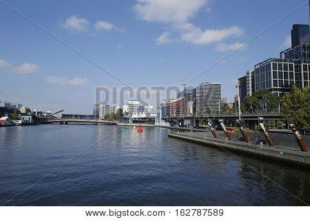 MELBOURNE, AUSTRALIA - JANUARY 25, 2016: Yarra river panorama in Melbourne, Australia