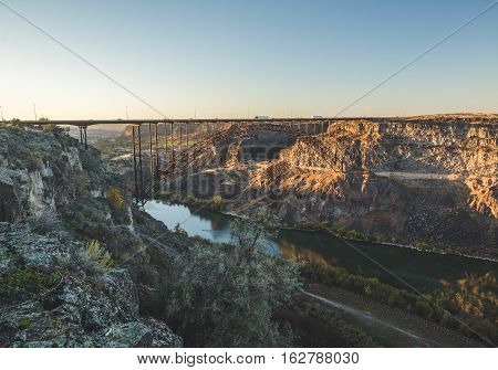 Snake River Canyon and Perrine Bridge in Twin Falls, Idaho, USA.