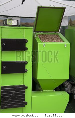 Wooden pellets hor heating and furnace combustion for pellets