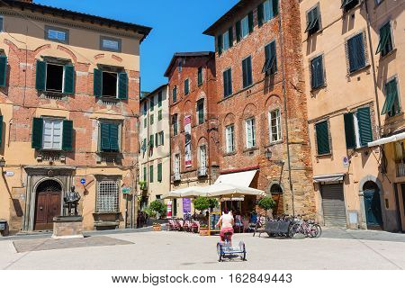 Town Square In Lucca, Tuscany, Italy