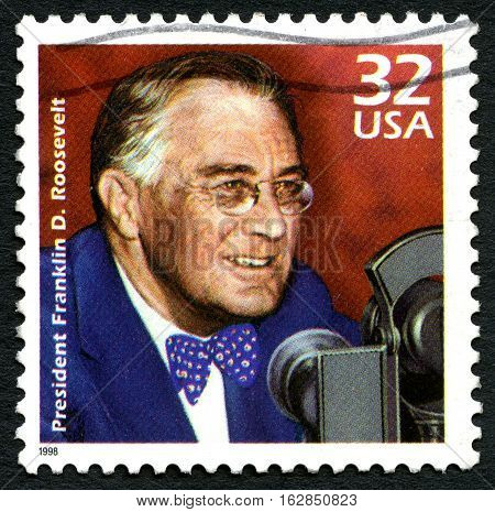 UNITED STATES OF AMERICA - CIRCA 1998: A used postage stamp from the USA depicting a portrait of former President Franklin D. Roosevelt circa 1998.