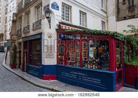 Historic Vine Tavern On The Ile De La Cite In Paris, France