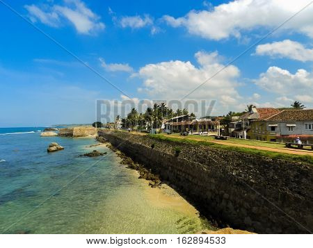 Walls of Galle Fort with the ocean