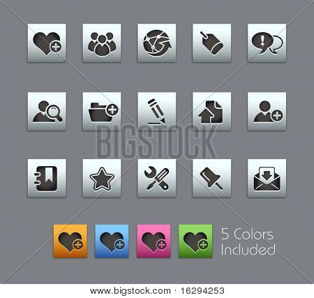 Internet & Blog // Satinbox Series -------It includes 5 color versions for each icon in different layers ---------