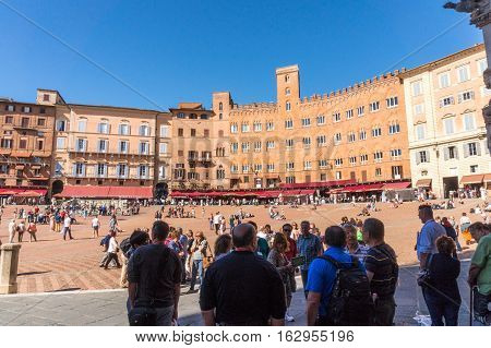 Siena Italy - Oct 3 2016. Touristes were waiting at Piazza del Campo.