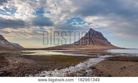 Scenic view of the Kirkjufell mountain at Grundarfjordur on the Snaefellsnes Peninsula, West Iceland