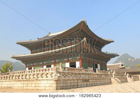 SEOUL SOUTH KOREA - OCTOBER 19, 2016: Unidentified people visit Gyeongbokgung Palace  in Seoul. Gyeongbokgung Palace was the main royal palace of the Joseon dynasty built in 1396