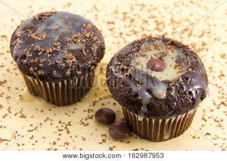 Chocolate And Vanilla Muffins