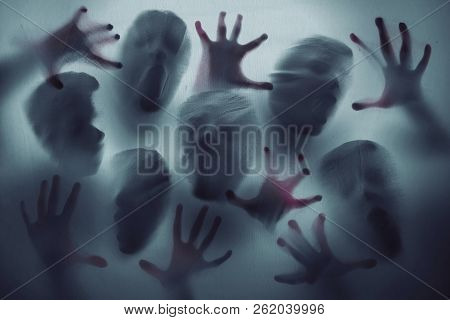 Scream Scary Ghost Group Faces Shadow Trapped