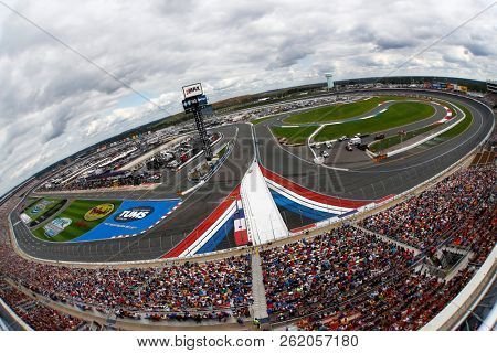 September 30, 2018 - Concord, North Carolina, USA: The Monster Energy NASCAR Cup Series races during the Bank of America ROVAL 400 at Charlotte Motor Speedway in Concord, North Carolina.