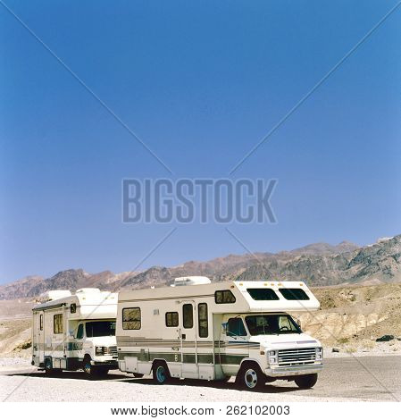 Death Valley,usa- January 14,2016: Rv In The Middle Of Death Valley National Park, Usa. In Summer Ti