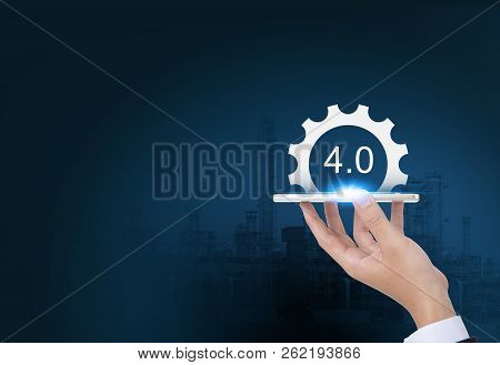 Industrial 4.0 Cyber Physical Systems Concept, Gears Industry4.0 Icons On Smart Phone By Business Ha