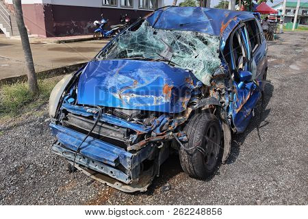 Ayuthaya ,thailand,9 Oct 2018,blue Car Wreck That Has Suffered Major Damage. Parking Is A Material W