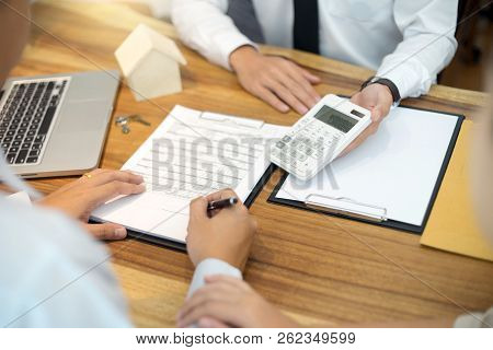 Business Man Agreement To Sign For Contract