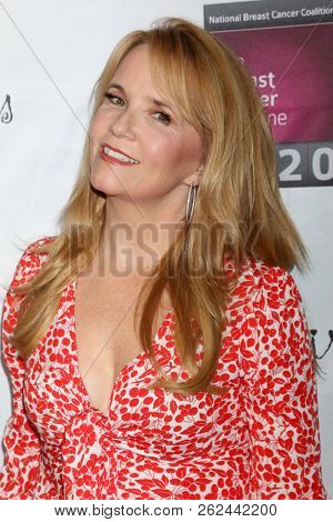 LOS ANGELES - OCT 7:  Lea Thompson at the 18th Annual Les Girls Cabaret at the Avalon Hollywood on October 7, 2018 in Los Angeles, CA