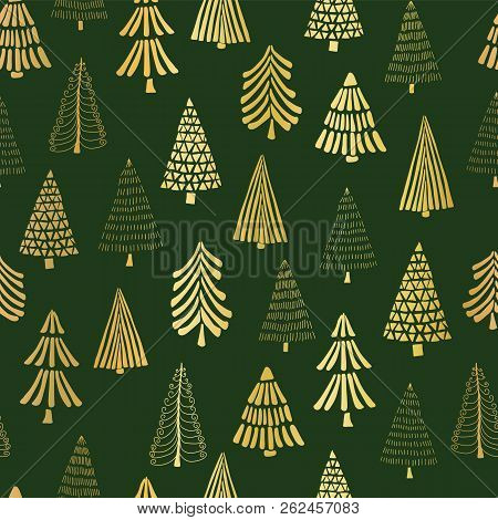 Gold Foil Doodle Christmas Trees Seamless Vector Pattern Backdrop. Metallic Shiny Golden Trees On Gr