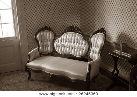 Vintage möbler från 1800-talet