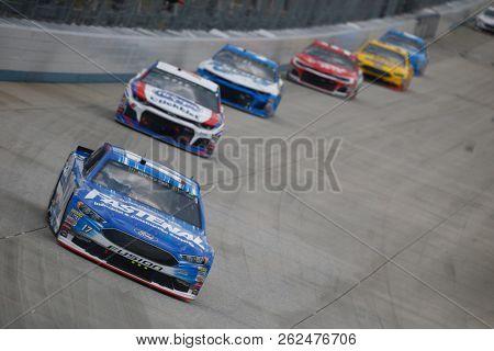October 07, 2018 - Dover, Delaware, USA: Ricky Stenhouse, Jr (17) battles for position during the Gander Outdoors 400 at Dover International Speedway in Dover, Delaware.