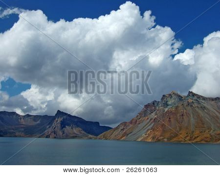 vulcanic lake on the top of famous North Korea Paktusan mountain